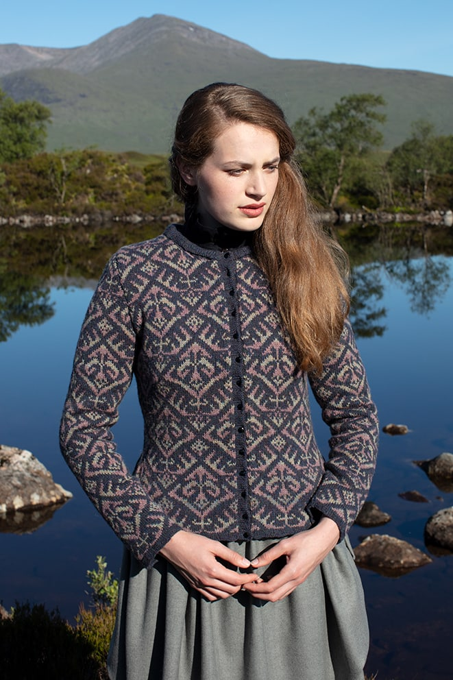Elizabethan Jacket hand knitwear design by Jade Starmore from the book A Collector's Item