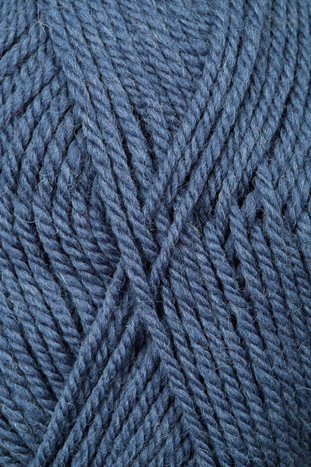 Alice Starmore 100% wool Bainin hand knitting yarn