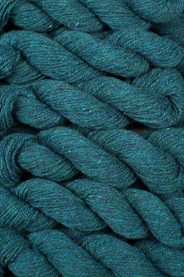 Alice Starmore Hebridean 2 Ply pure new British wool hand knitting Yarn in Lapwing colour