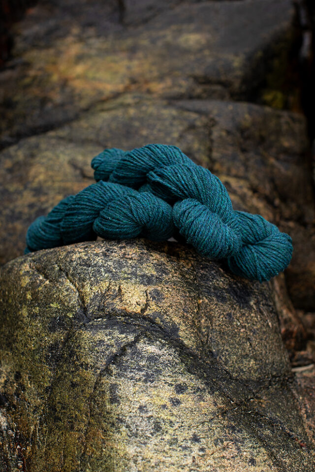 Alice Starmore 3 Ply Hebridean hand knitting yarn in Lapwing