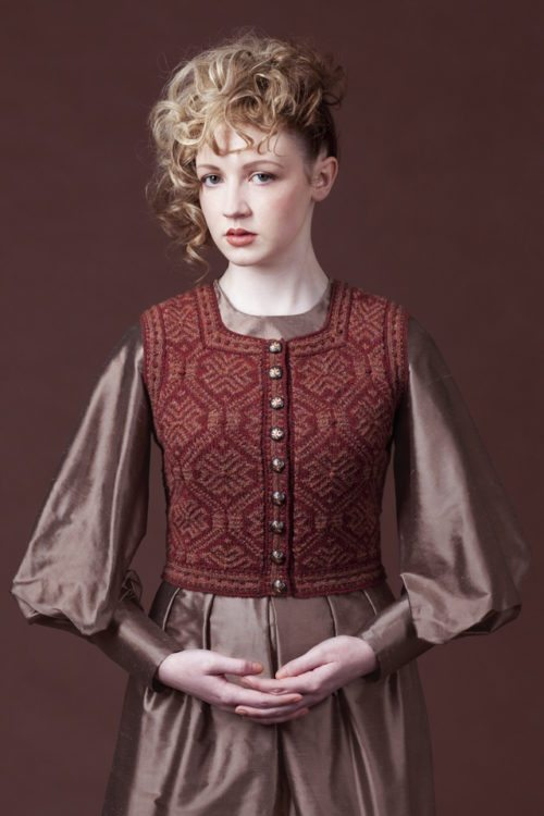 Elizabeth of York hand knitwear design by Alice Starmore from the book Tudor Roses