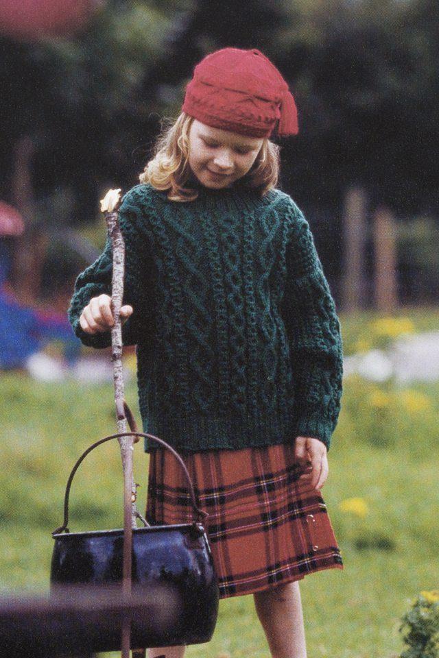 Killeany design from Aran Knitting by Alice Starmore in Bainin pure British wool hand knitting yarn