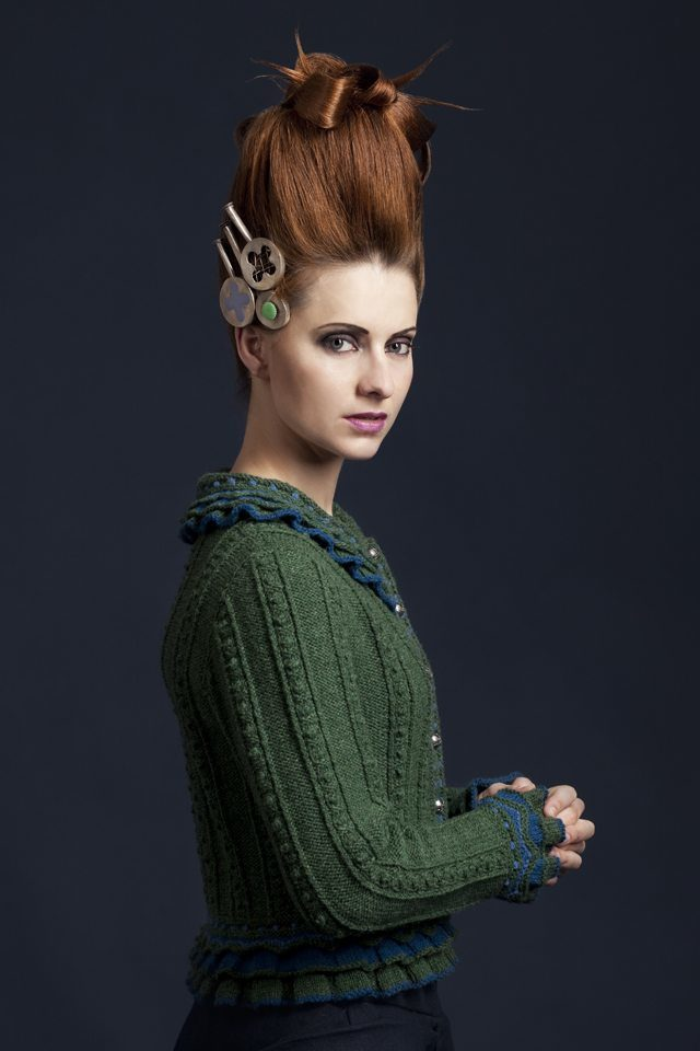 Mary Queen Of Scots hand knitwear design by Alice Starmore from the book Tudor Roses