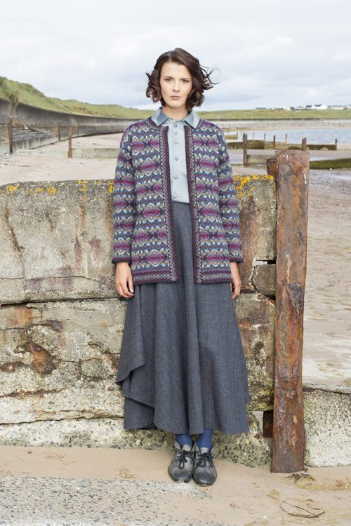 Abalone design patterncard kit in Hebridean 2 Ply pure British wool hand knitting yarn by Alice Starmore