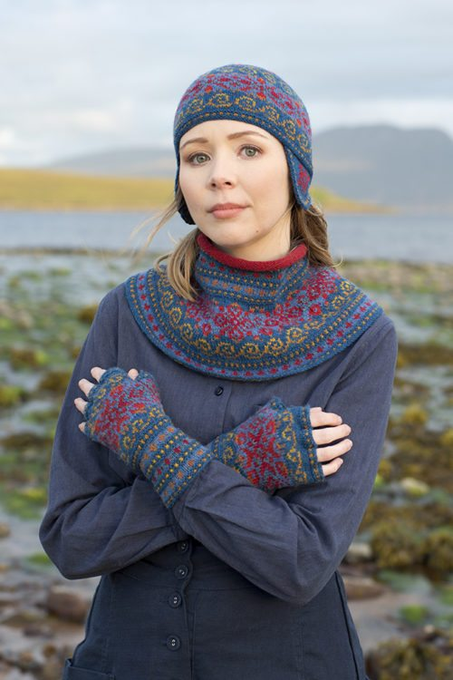 Capillifolium patterncard kit by Alice Starmore in Hebridean 2 Ply pure British wool hand knitting yarn