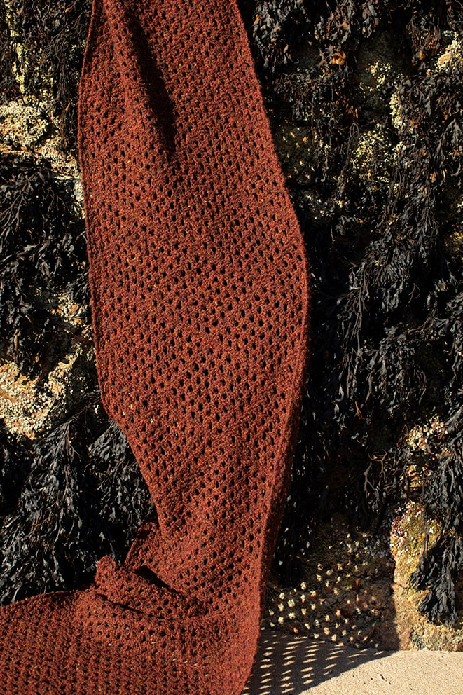 Driftnet Scarf patterncard knitwear design by Alice Starmore in pure wool Hebridean 2 Ply hand knitting yarn