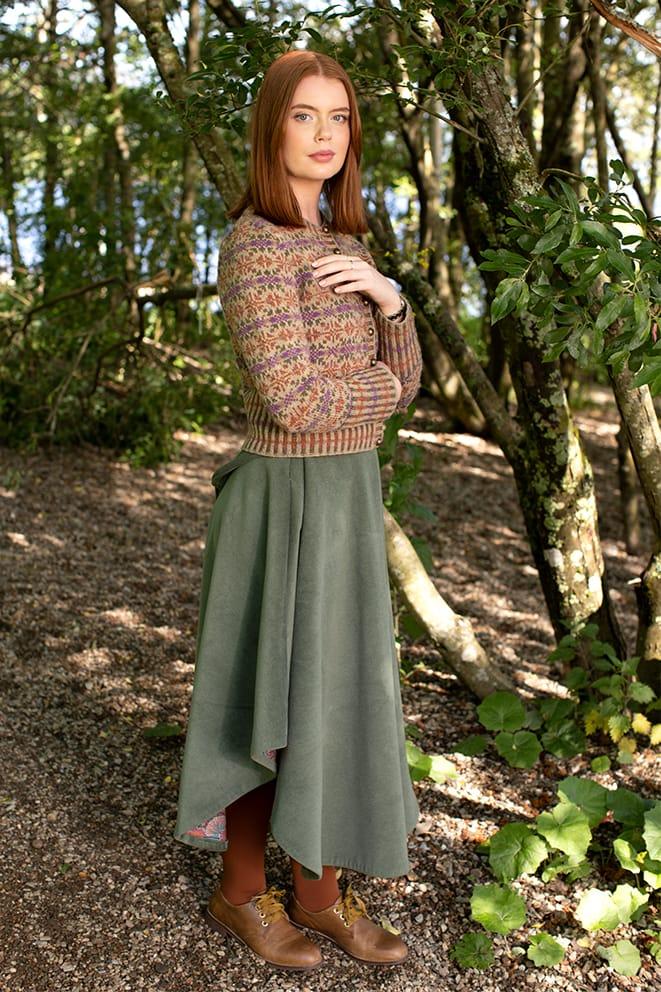Meadowsweet patterncard kit design by Alice Starmore in Hebridean 2 Ply yarn