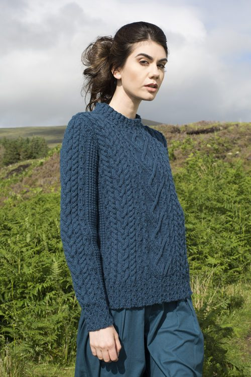 Malin patterncard kit by Alice Starmore in Bainin pure British wool hand knitting yarn