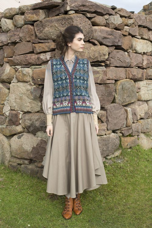 Oregon waistcoat design patterncard kit by Alice Starmore in Hebridean 2 Ply pure British wool hand knitting yarn