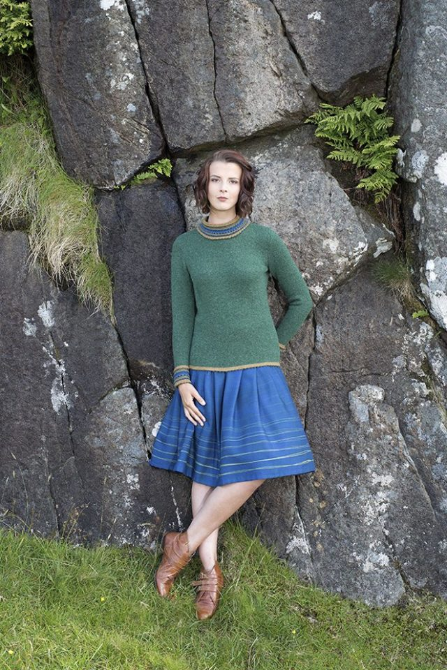The Otter hand knitwear design by Jade Starmore from the book Glamourie