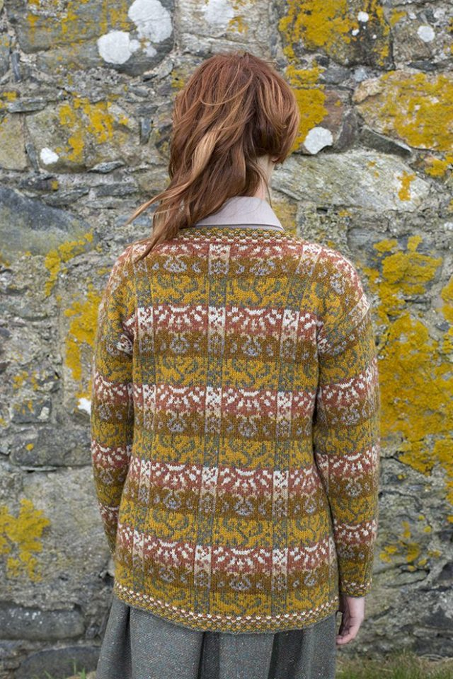 Rheingold sweater patterncard kit by Jade Starmore in Hebridean 2 Ply pure British wool hand knitting yarn