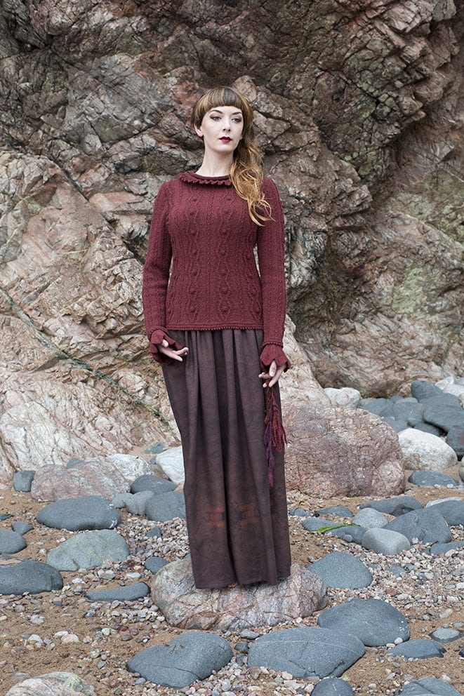 The Sea Anemone hand knitwear design by Alice Starmore from the book Glamourie