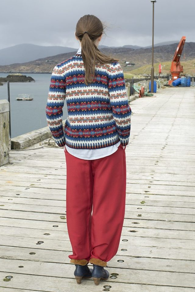 Wave patterncard kit by Alice Starmore in Hebridean 2 Ply pure British wool hand knitting yarn