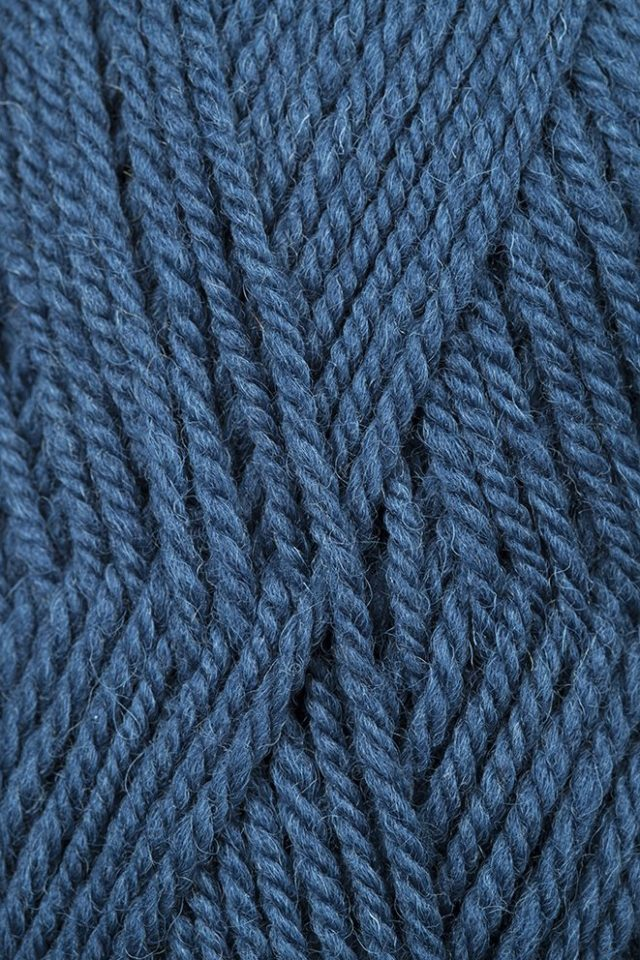 Alice Starmore Bainin pure new British wool hand knitting Yarn in Suilven colour