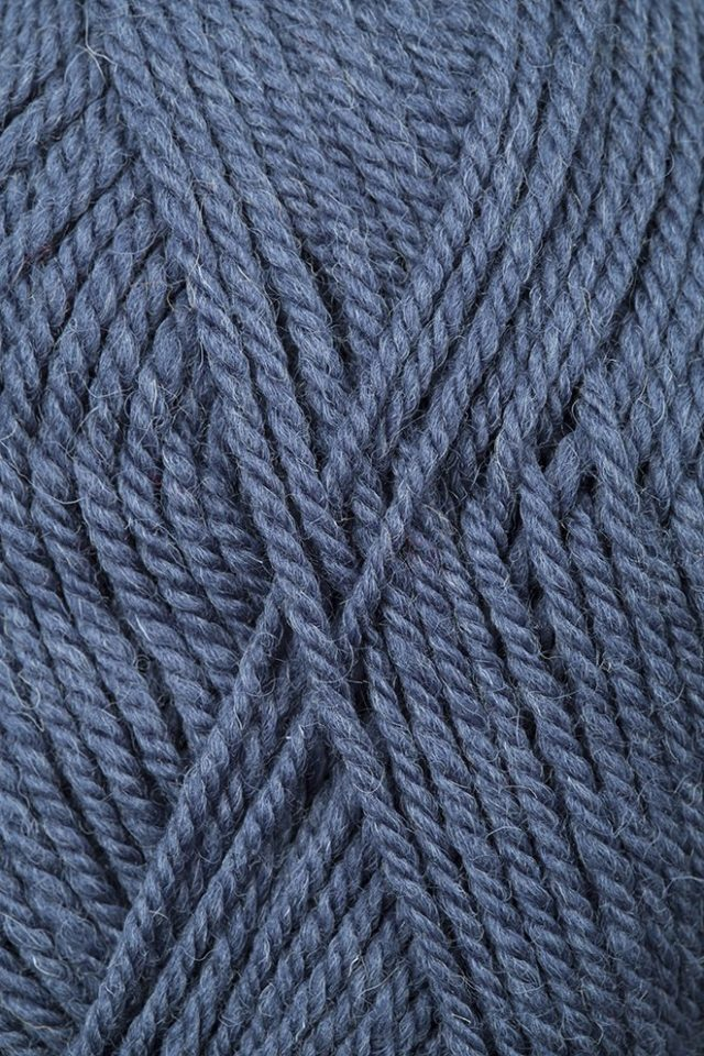 Alice Starmore Bainin pure new British wool hand knitting Yarn in Cairn Gorm colour