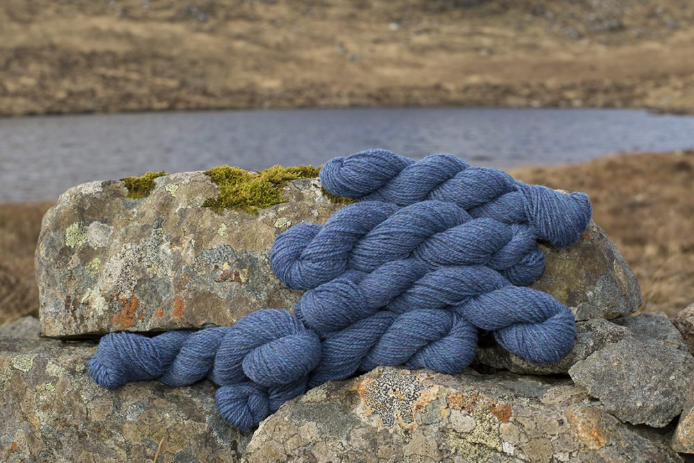Alice Starmore Hebridean 2 Ply pure new British wool hand knitting Yarn in Shearwater colour