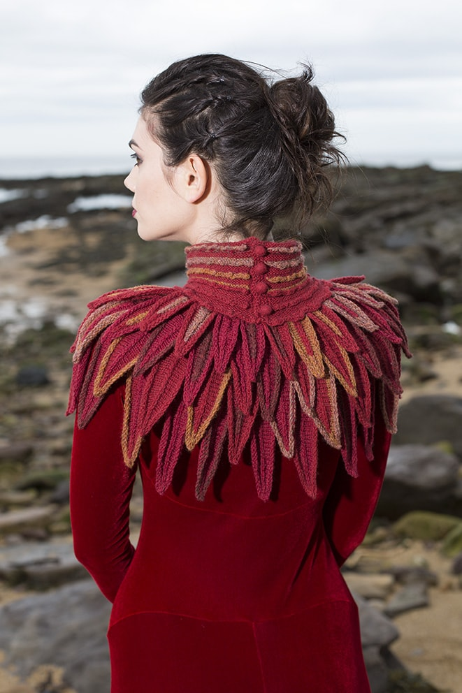 Red Raven Collar hand knitting design from Glamourie by Alice Starmore