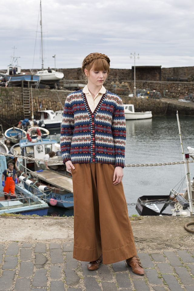 Wave patterncard knitwear design by Alice Starmore in pure wool Hebridean 2 Ply hand knitting yarn