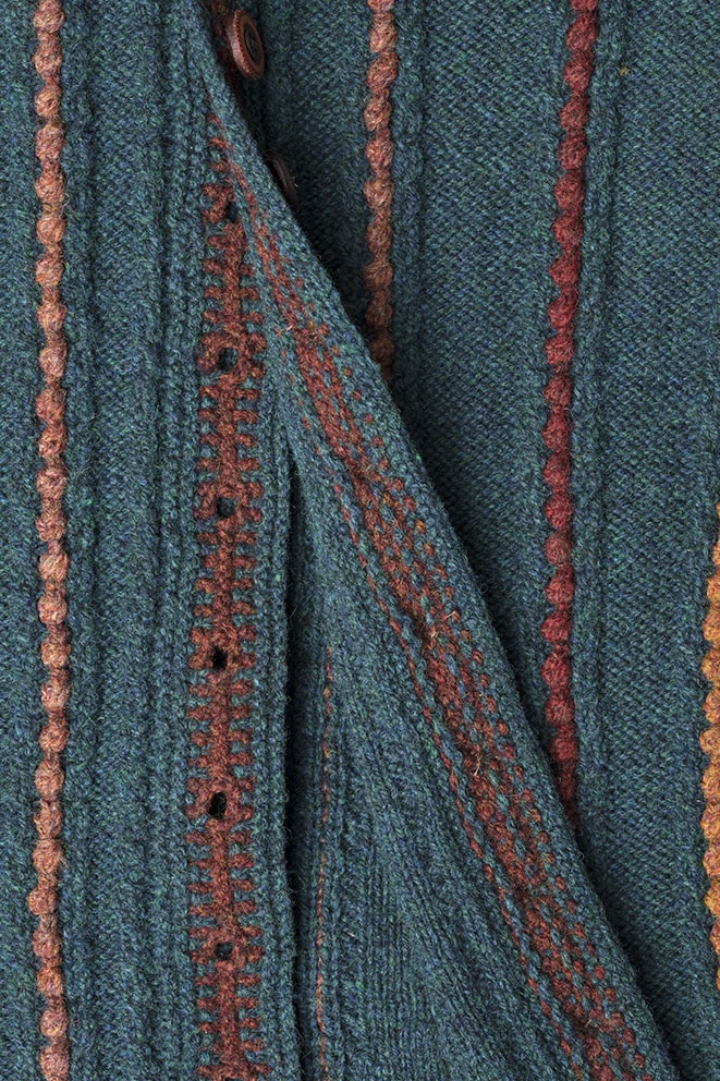 Detail of the Anne Boleyn knitwear design from Tudor Roses by Alice Starmore in pure wool Hebridean 2 Ply hand knitting yarn