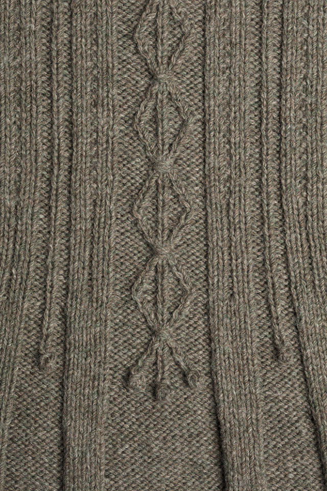 Detail of the Strathspey knitwear design patterncard kit by Alice Starmore in pure wool Hebridean 3 Ply hand knitting yarn