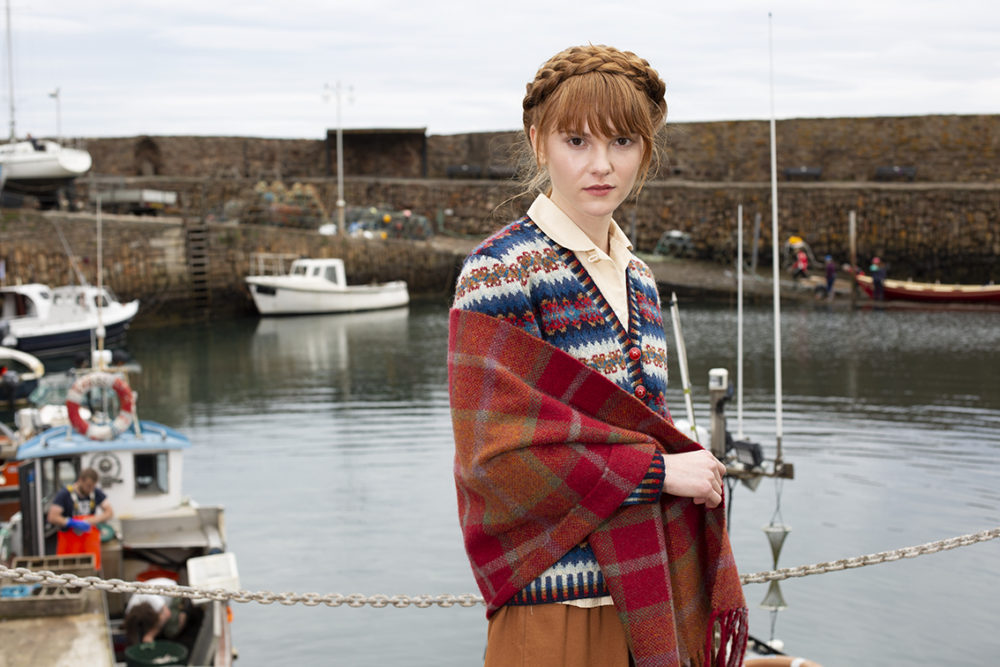 Woven scarf in Alice Starmore pure wool Hebridean Yarn