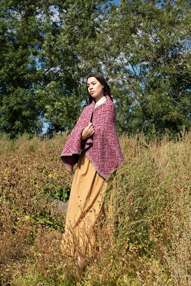 Elizabethan Wrap hand knitwear design from the book A Collector's Item by Jade Starmore