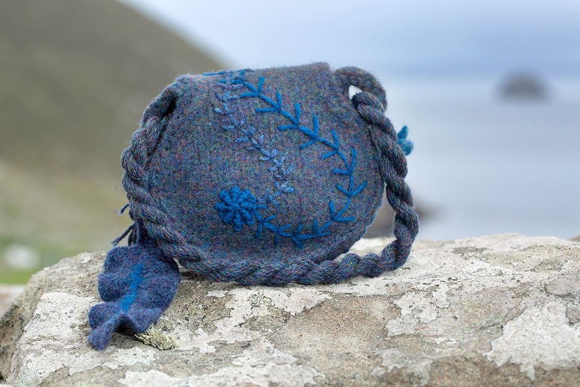 The Queen of the Waves, Sketches in Wool by Alice Starmore