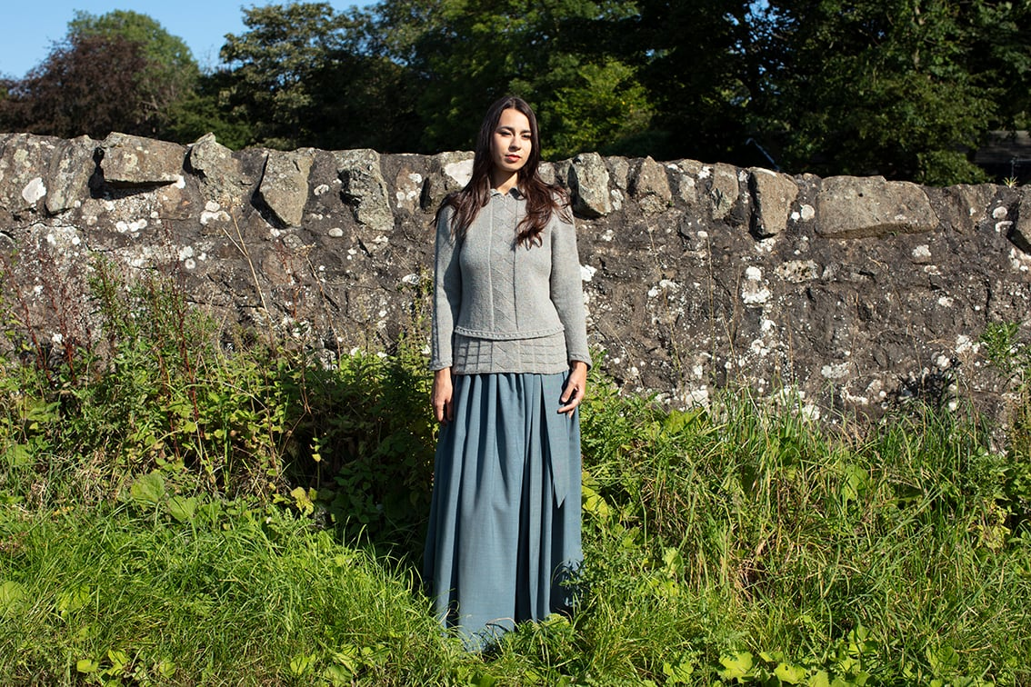 Margaret Beaufort hand knitwear design by Alice Starmore from the book Tudor Roses