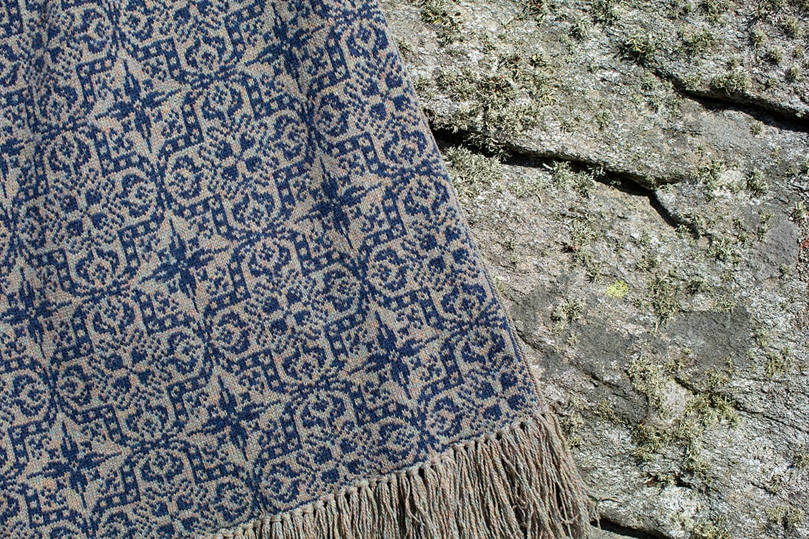 Persian Tiles hand knitwear design from the book A Collector's Item by Jade Starmore