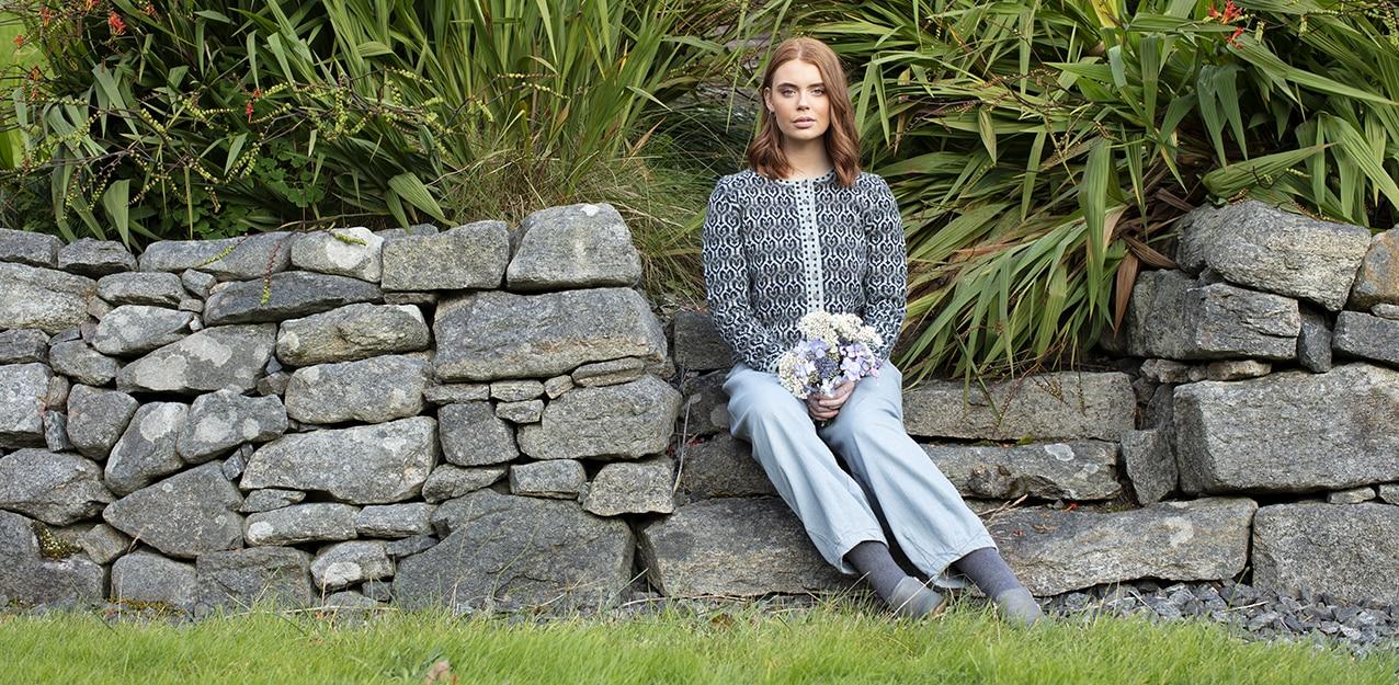 Loch Lomond patterncard knitwear design by Jade Starmore in pure wool Hebridean 2 Ply hand knitting yarn