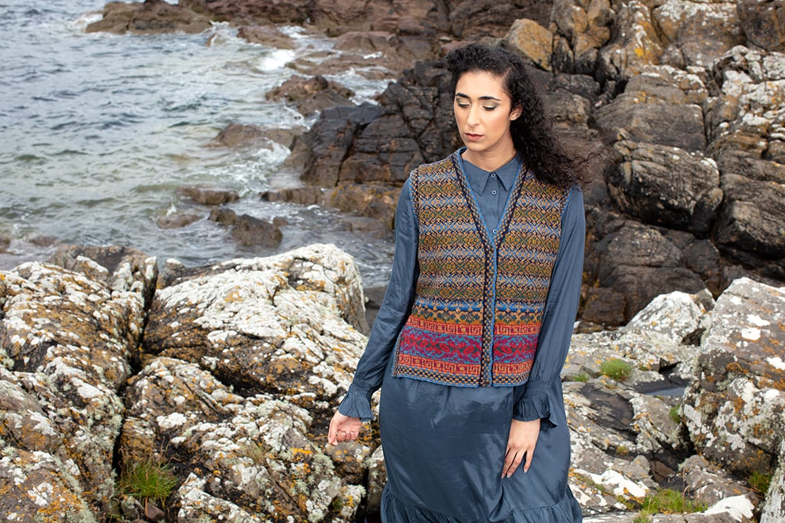 Grant Avenue patterncard kit design by Alice Starmore in Hebridean 2 Ply yarn