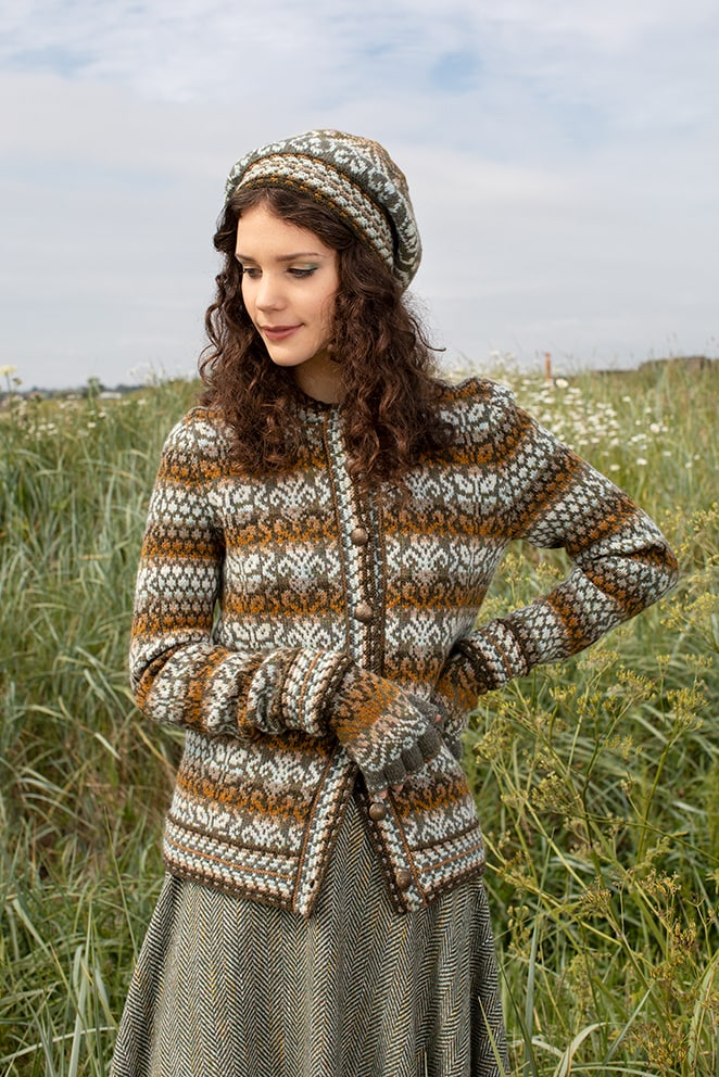 White Jacobite Rose patterncard kit design by Alice Starmore in Hebridean 2 Ply yarn